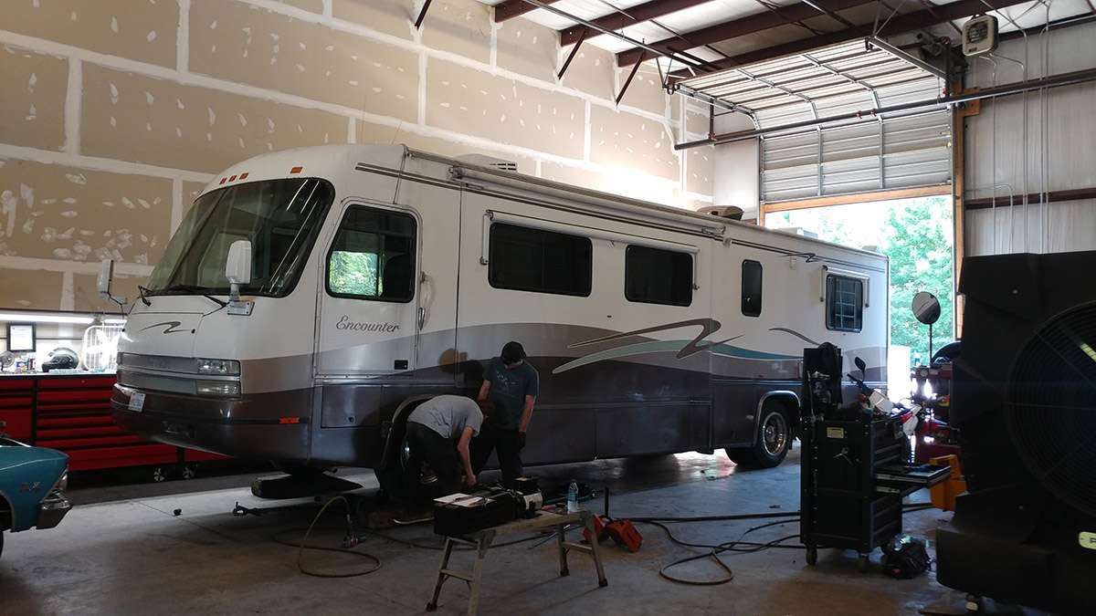 RV Repair<div style='clear:both;width:100%;height:0px;'></div><span class='cat'>Recreational Vehicles</span><div style='clear:both;width:100%;height:0px;'></div><span class='desc'></span>